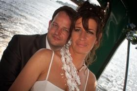 foto-wg-Pinup-20110826-0982-20110826-_MG_8418-Hochzeit_M&N-PSD-iPad