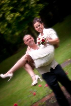 foto-wg-Pinup-20110827-20110827-0070-_MG_8941-Hochzeit_N&M-PSD-iPad